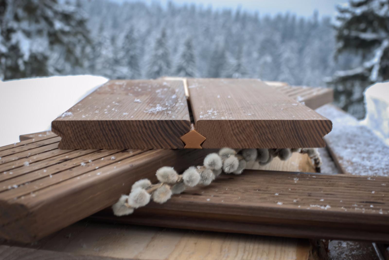 Decking din Lemn Termotrat: pardoseli exterioare pentru terase