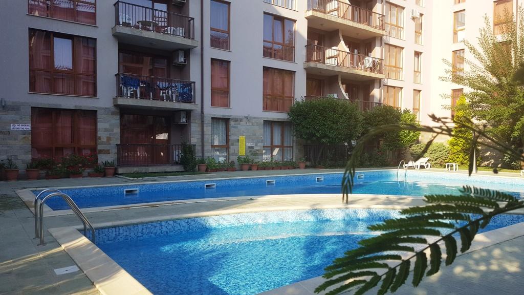 Apartament cu 3 camere în Sunny Beach mansarda