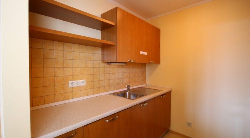 apartament-pomorie-sunset-resort-bucatarie