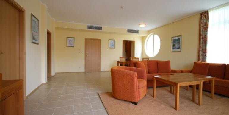 apartament-pomorie-sunset-resort-living