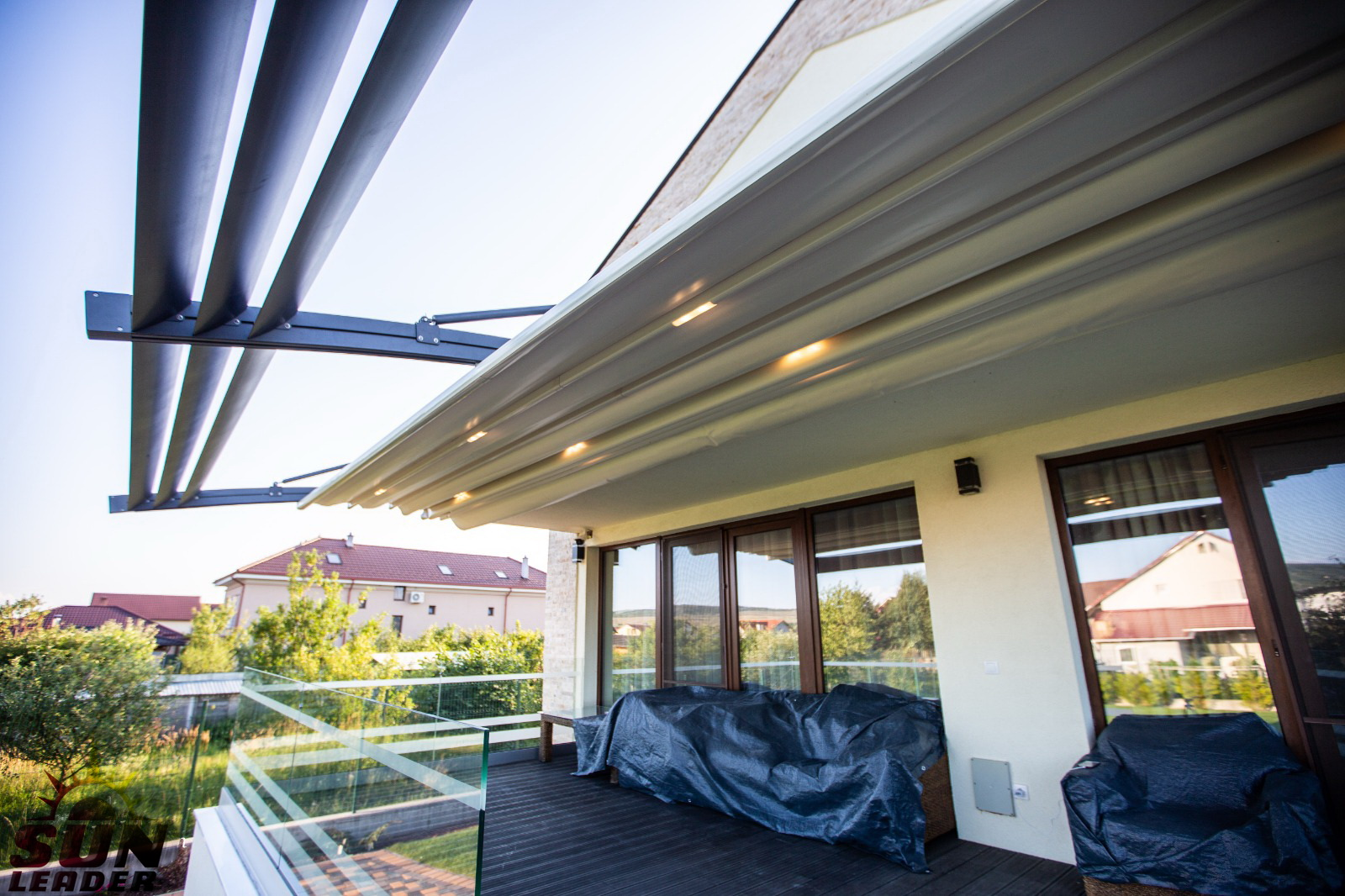 Pergola retractabila Spline City. Modele de pergole retractabile Sun Leader