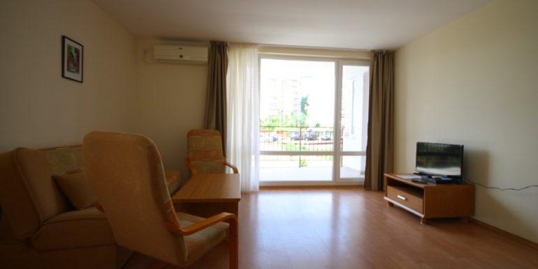 Apartament-pe-plaja (1)