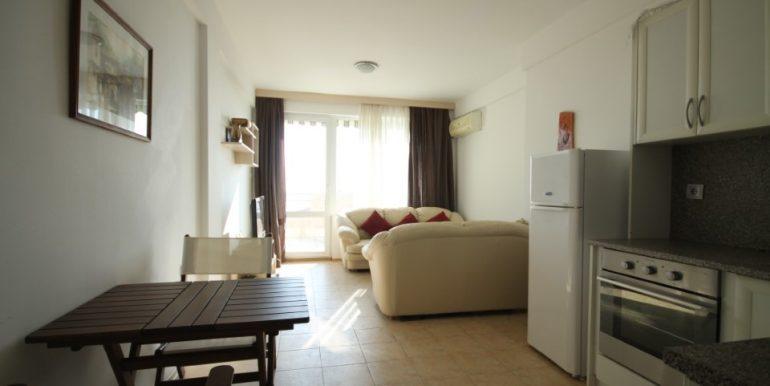 apartament-vedere-mare-vanzare-bulgaria-1