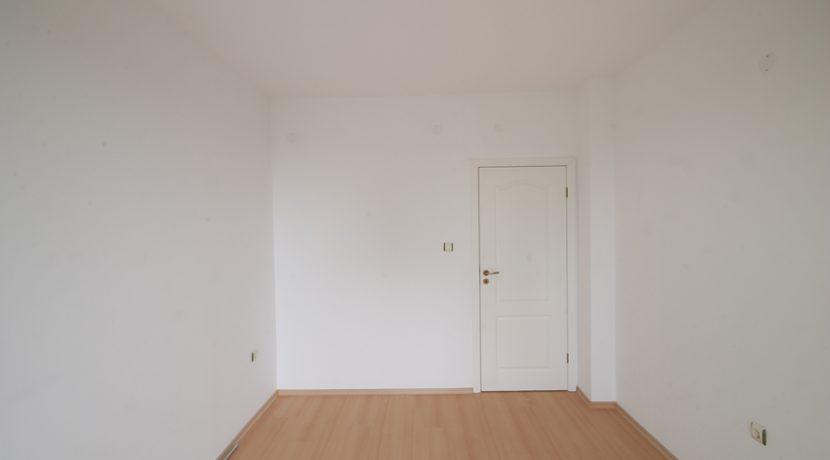 apartament-2-camere-ieftin-la-mare (12)