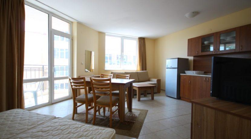 apartament-vanzare-vedere-la-mare-bulgaria (16)