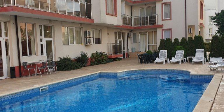 Apartament-3-camere-vanzare-sunny-beach (4)