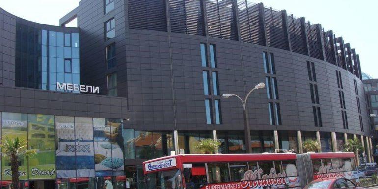 exterior-complex-Plaza (2)