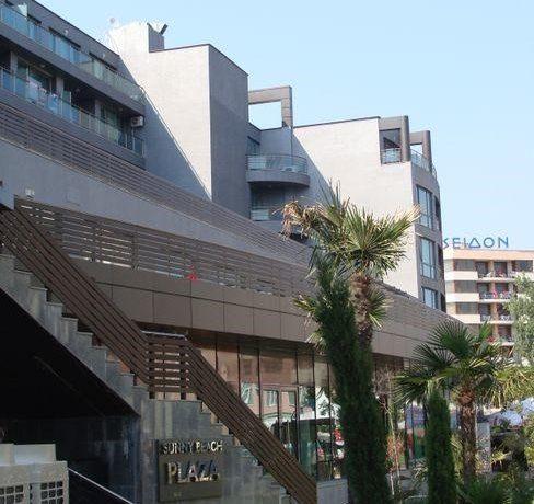 exterior-complex-Plaza (3)