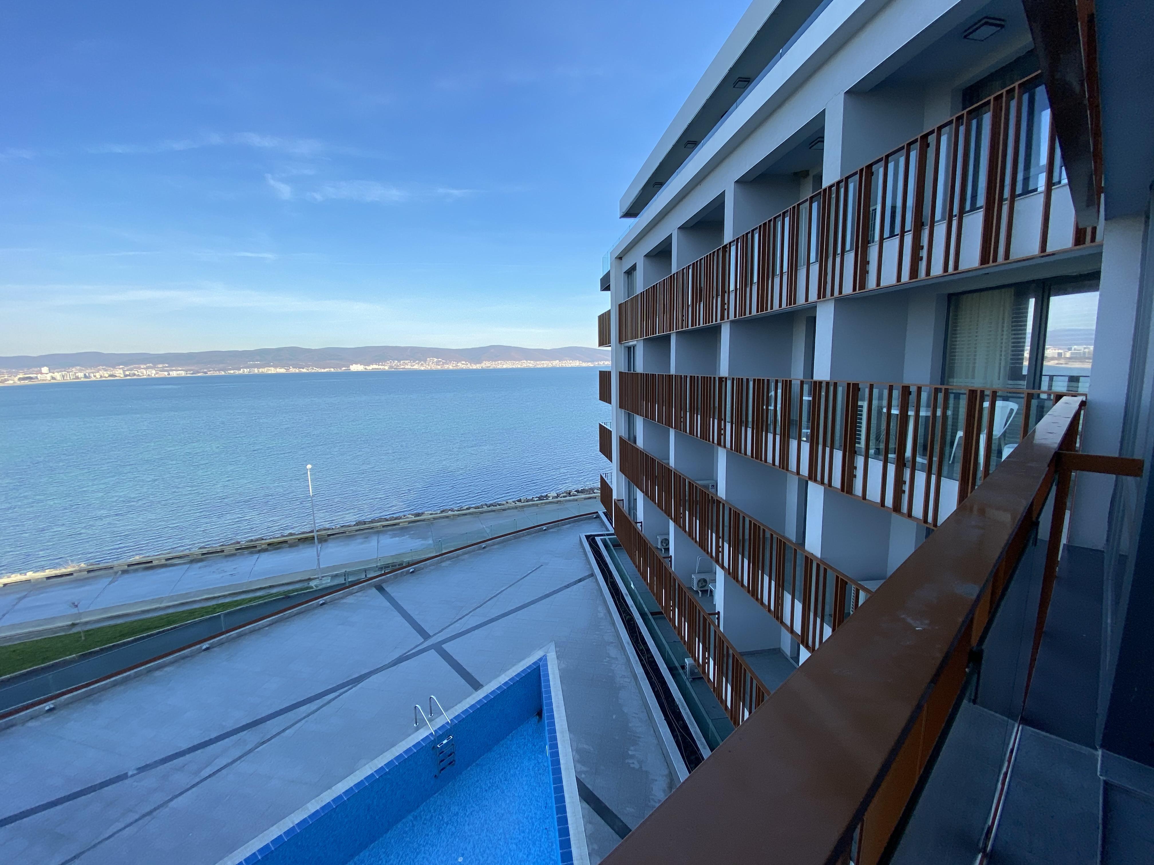 Apartament cu 3 camere, vedere la mare, complex PARADISO****