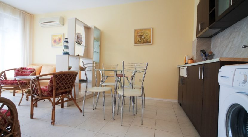 flat-2-rooms-sale-beach-bulgary (1)