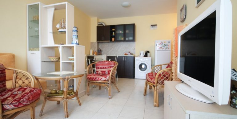 flat-2-rooms-sale-beach-bulgary (4)