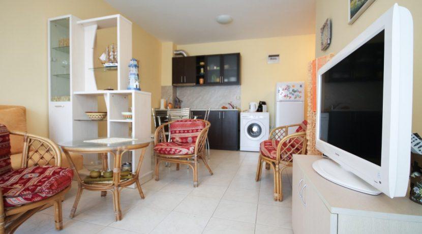 flat-2-rooms-sale-beach-bulgary (4)