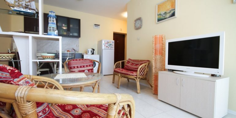 flat-2-rooms-sale-beach-bulgary (6)