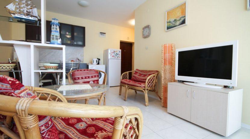 flat-2-rooms-sale-beach-bulgary (6)