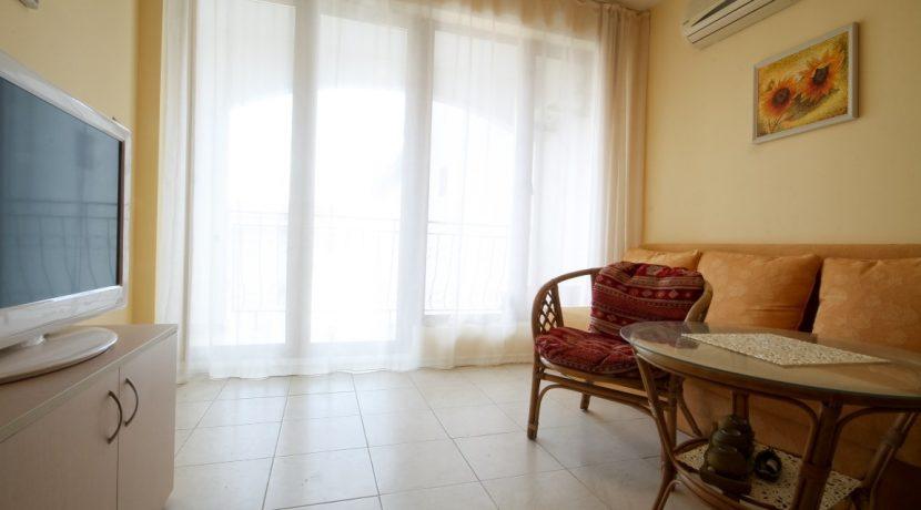 flat-2-rooms-sale-beach-bulgary (7)