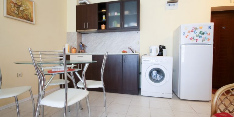 flat-2-rooms-sale-beach-bulgary (8)