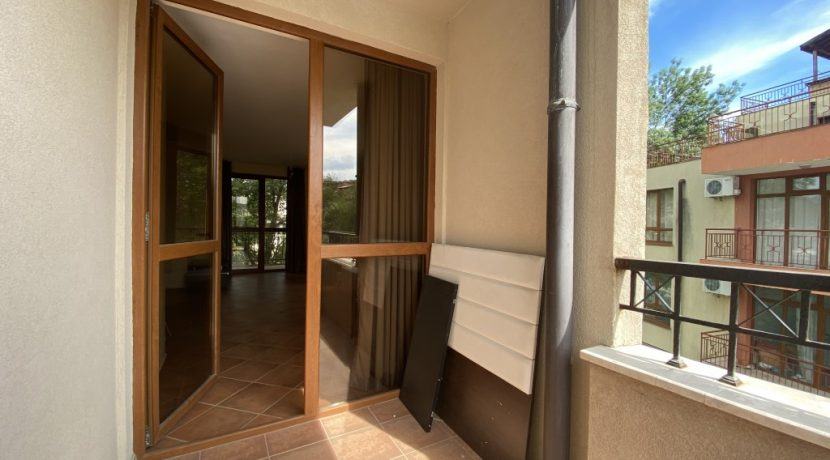 flat-3-rooms-sale-sunny-beach (6)