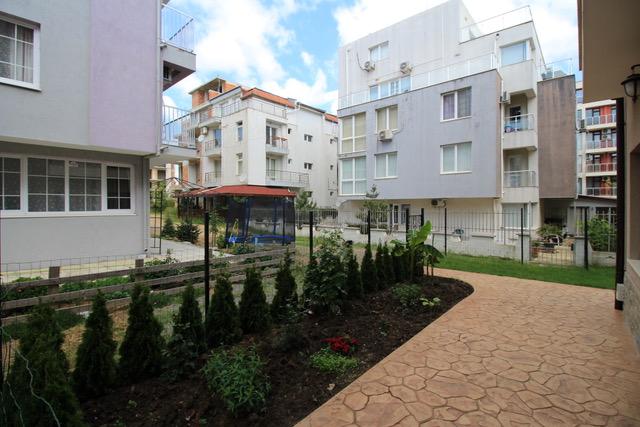 Apartament 4 camere, cu gradina, Nessebar