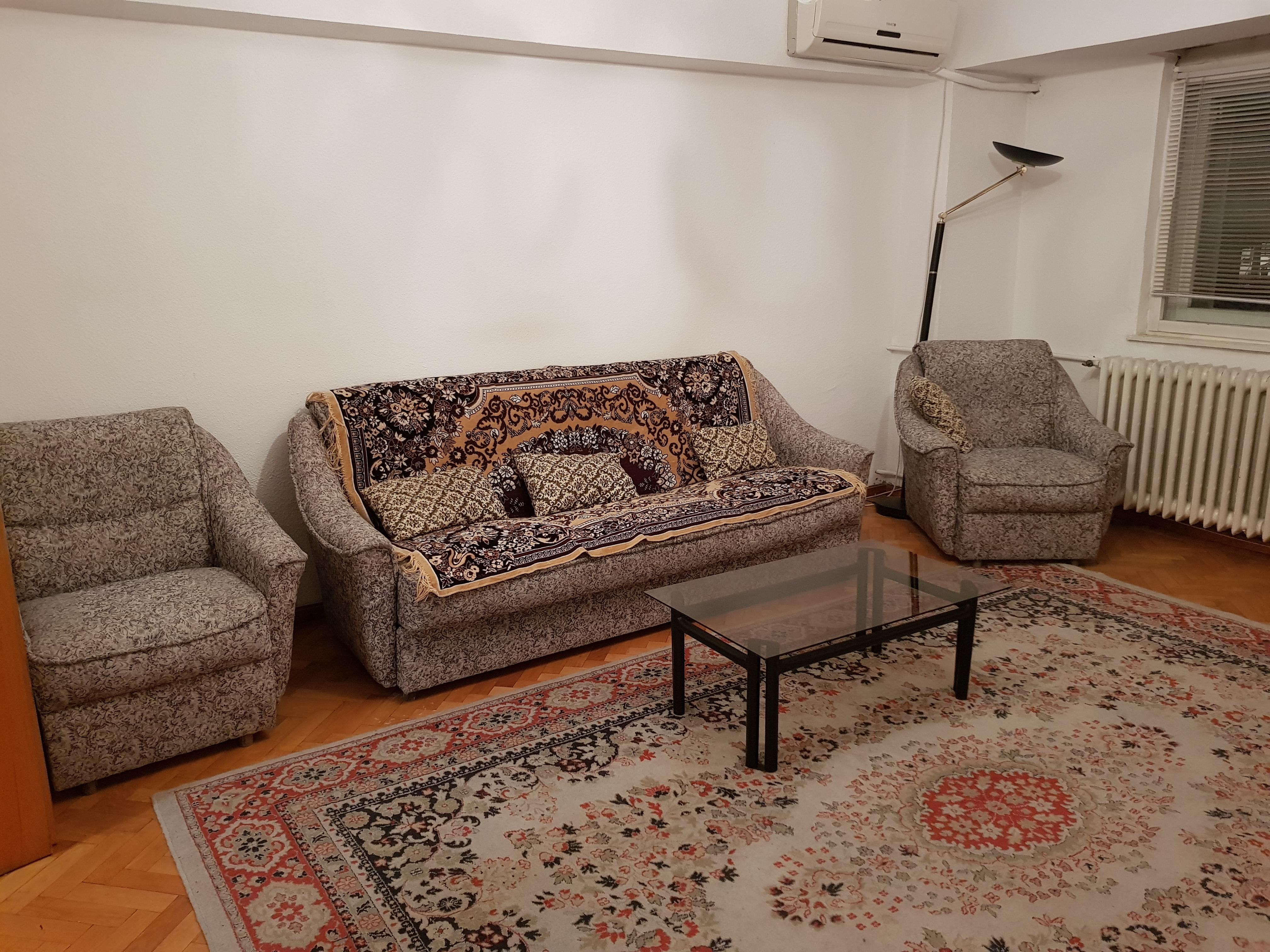 Inchiriere apartament 4 camere zona Unirii, Bucuresti