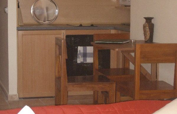 Kitchen and table - kopie
