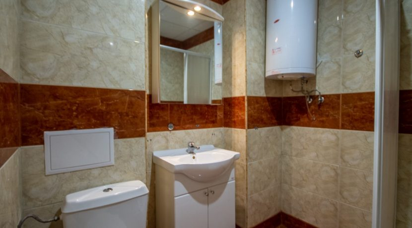 apartament-vanzare-litoral-mare-bulgaria (7) (Medium)