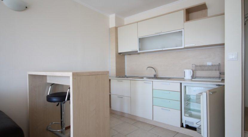 apartament-vanzare-obzor-bucatarie2