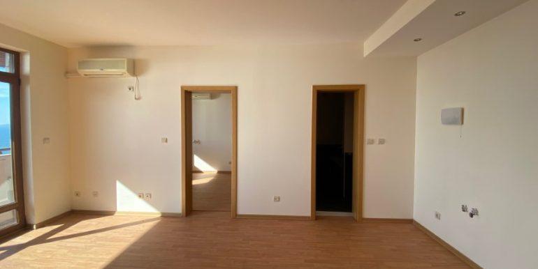 living-apartament-vedere-la-mare-garden-of-eden