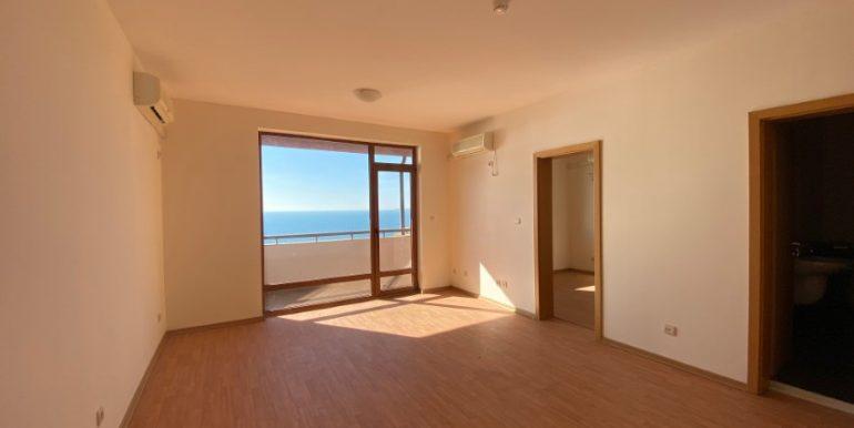 living3-apartament-vedere-la-mare-garden-of-eden