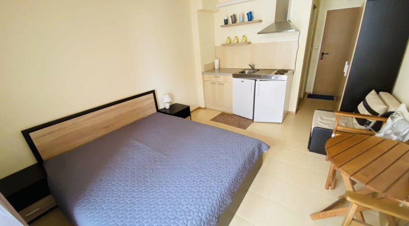 studio-bedroom