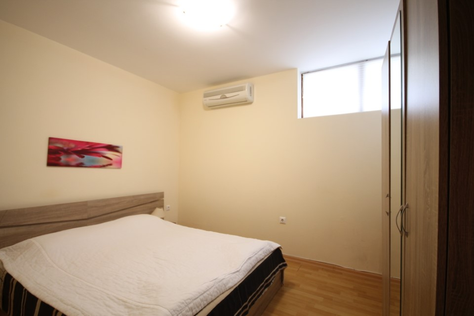 vanzare-apartament-kavarna-dormitor1